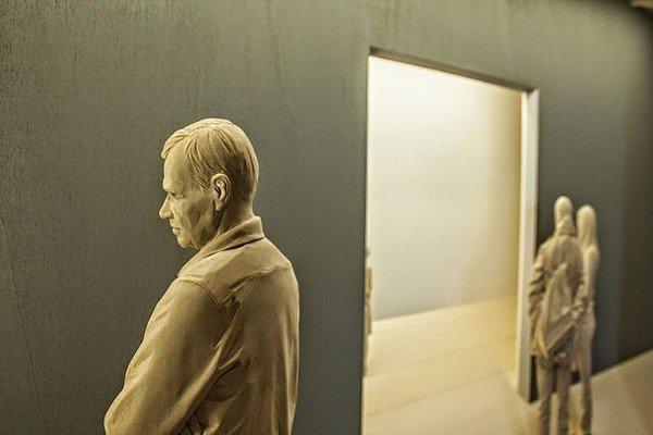sculpture man