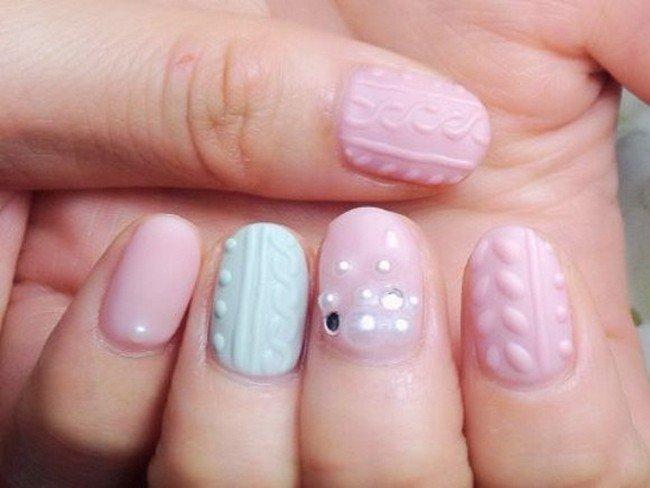sparkle cable knit nails