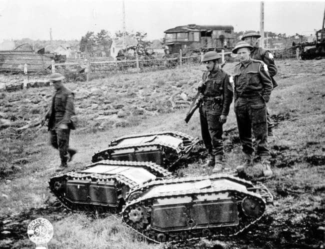 strange-history-mini-tanks