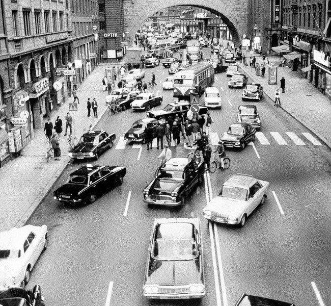 strange-history-roads
