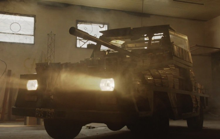 tank-dark