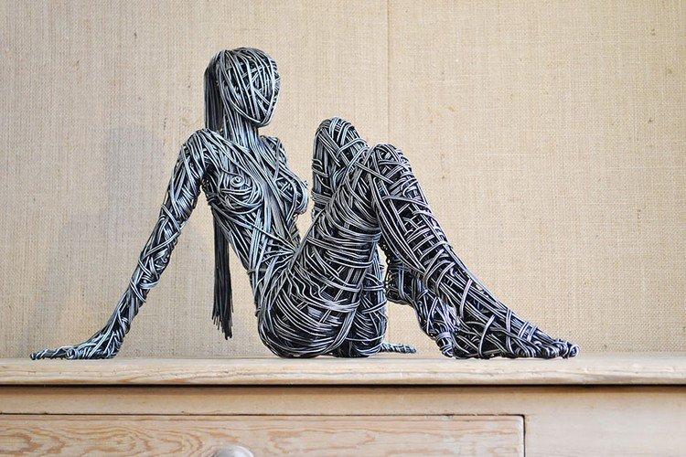 wire woman sculpture
