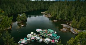 Couple Lives On Self Sustained Floating Island