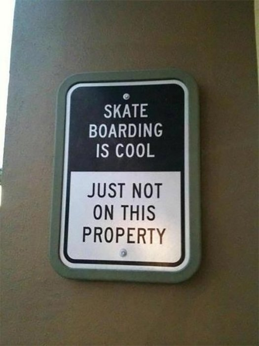 Wide Load Sign >> 14 Sarcastic Warning Signs That Will Have You Laughing Out ...