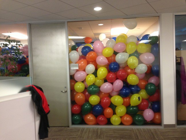 balloon filled office