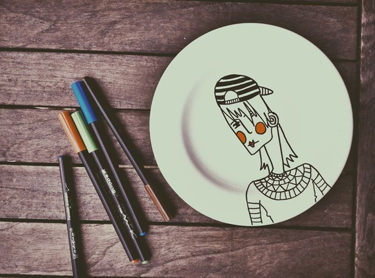 basak-erdemir-cafe-women