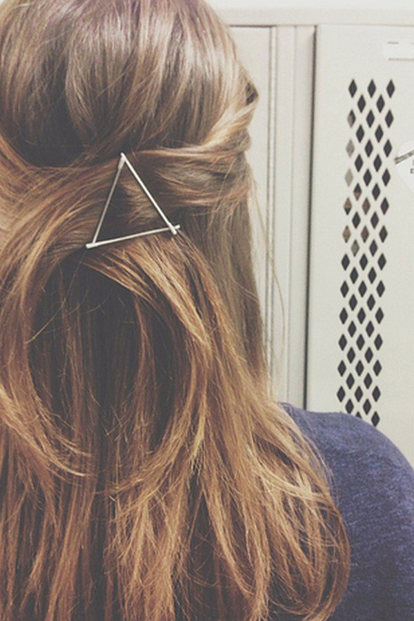 bobby pins graphic