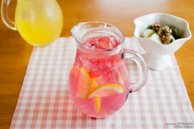camera cafe pitcher fruit