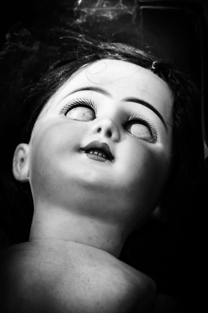 closed eyes doll