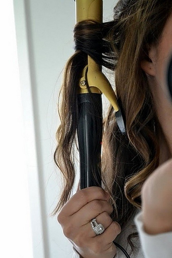 curling hair middle