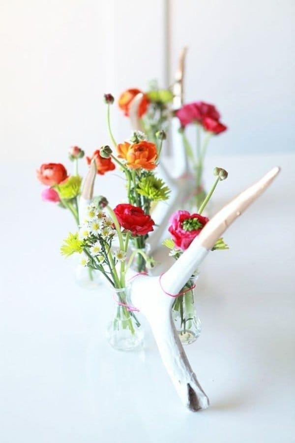 diy-wedding-decorations-antler-flowers