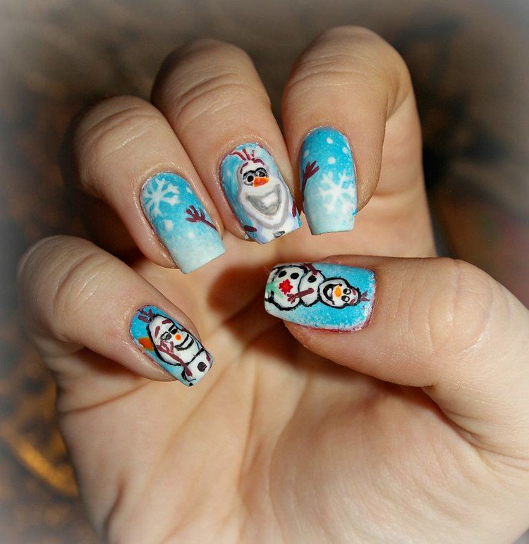 Self Taught Nail Artist Paints Famous Cartoons, Movies And Snacks On ...