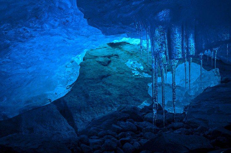 glacier icicles