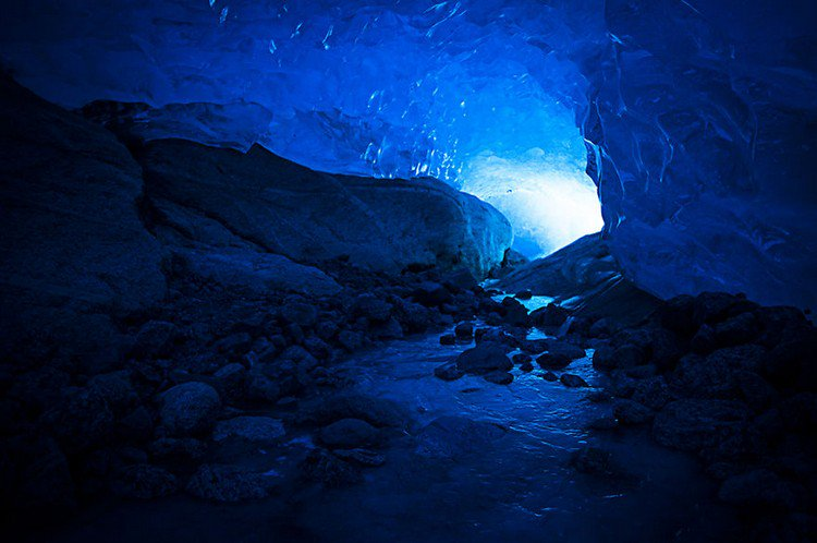 glacier path light