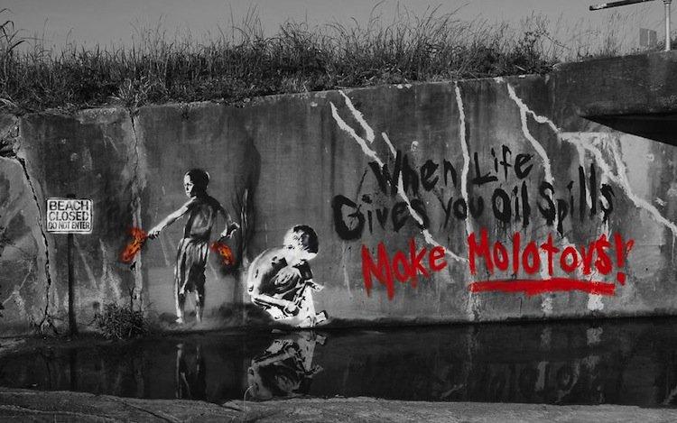 graffiti-molotovs