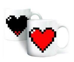 heat changing pixel heart mug