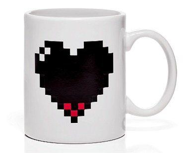 heat changing pixel heart mug cold