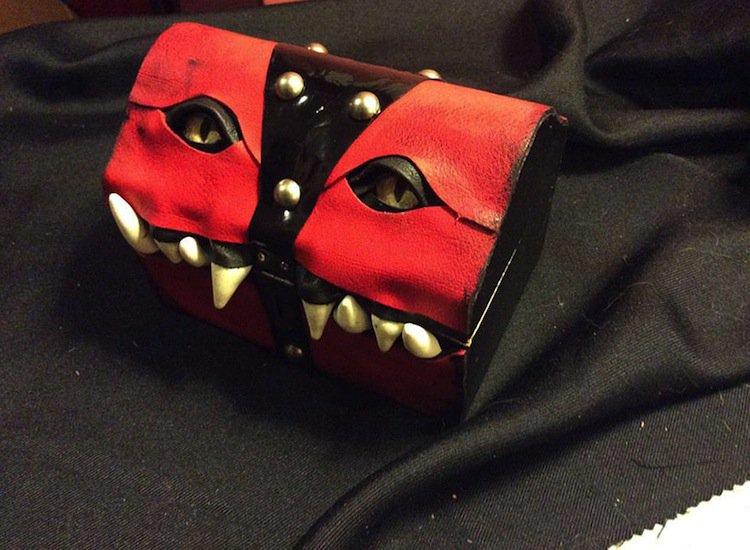 monster-red