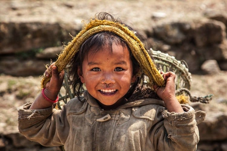 Photographer Sells Gorgeous Pictures Taken In Himalayas To ...