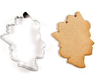 queen's head cookie cutter shape
