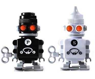 robot salt and pepper shakers black white