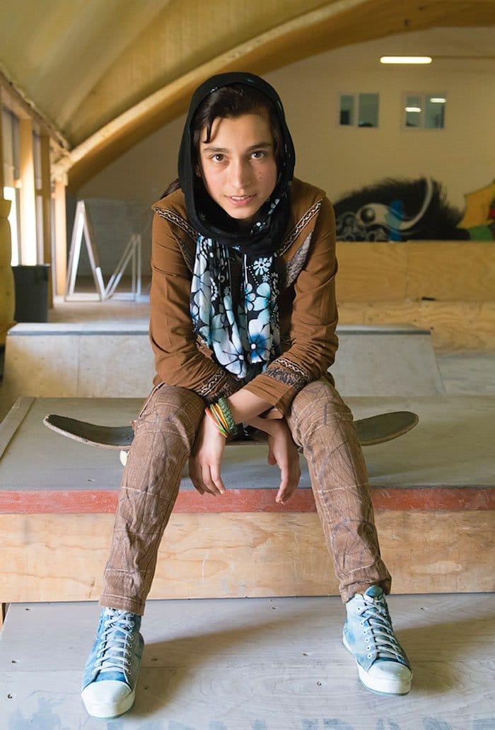 skateistan-skateboarding-girls-afghanis