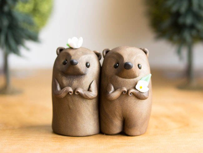 Adorable-cake-toppers-sofie-skein-gophers