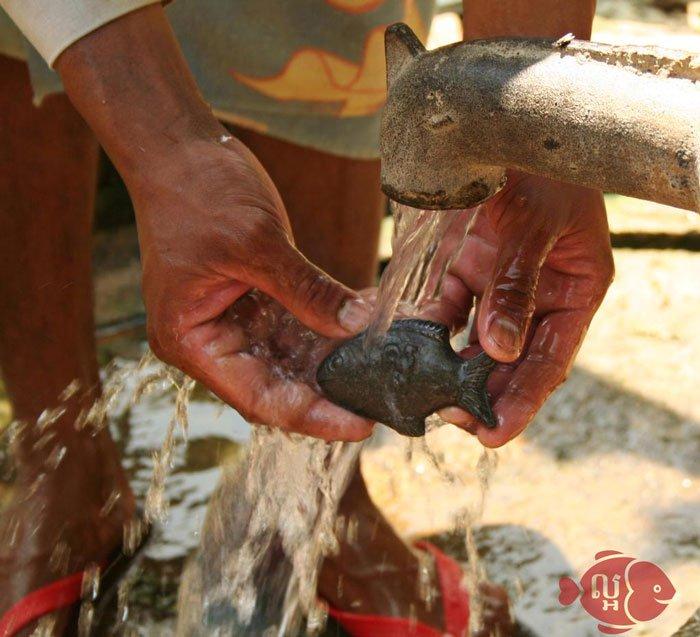 Rinsing Iron Fish