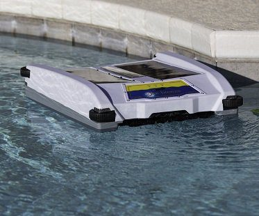 Robotic Solar Pool Cleaner skimmer