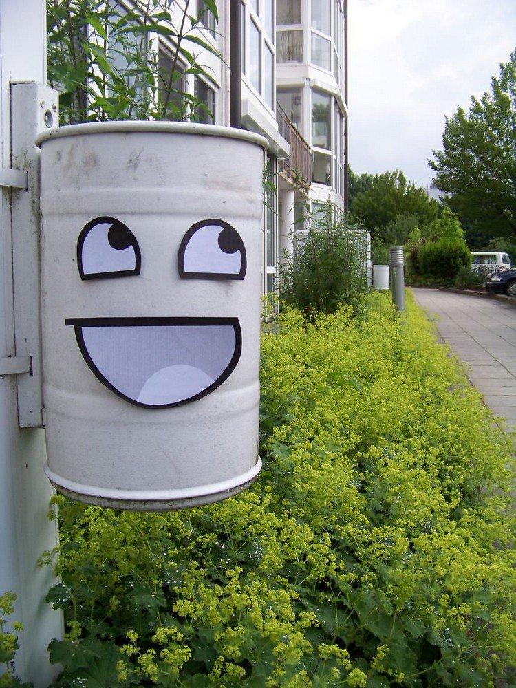 awesome waste bin