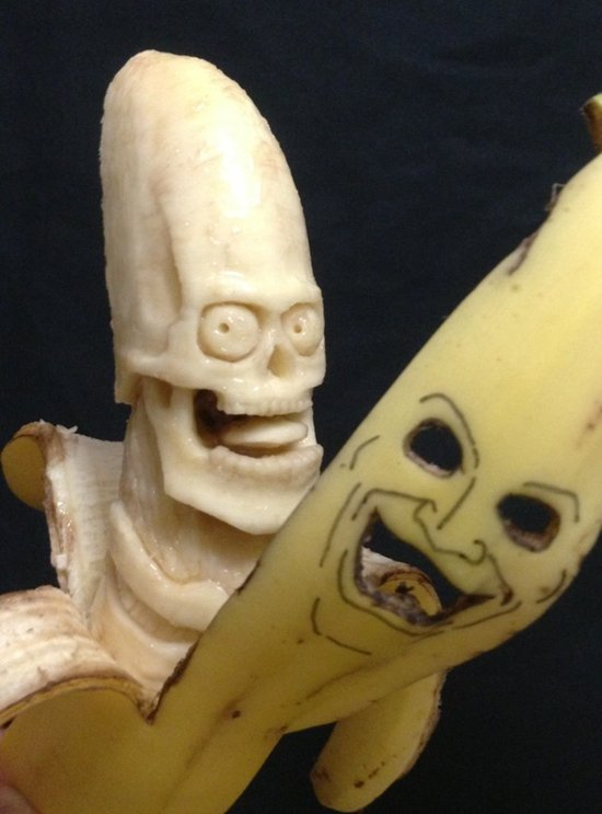 banana-carvings-face