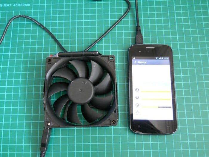 Simple Mobile Phone Battery Charger