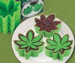 cannabis leaf cake molds
