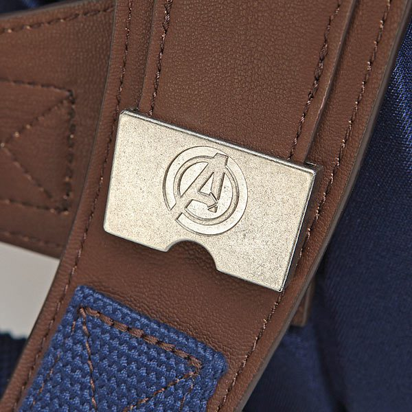 captain-america-shield-backpack-and-detail