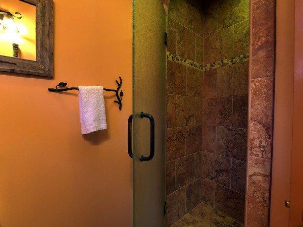 castle-shower