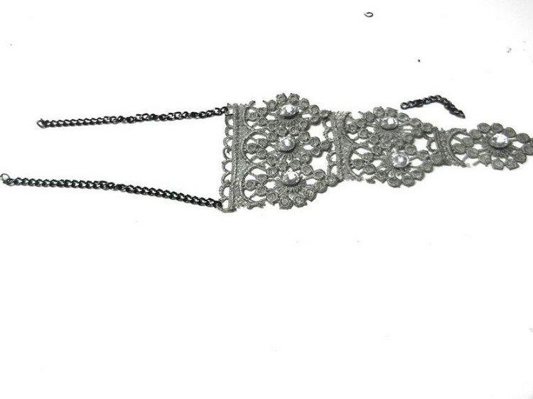 chain lace bracelet