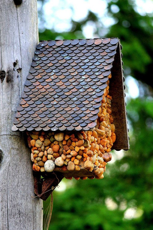 coin stone bird house