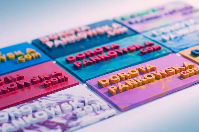crayon-business-card-all