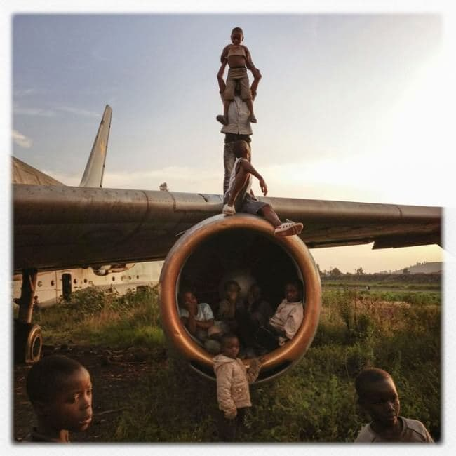 deserted-airplane-congo-playground