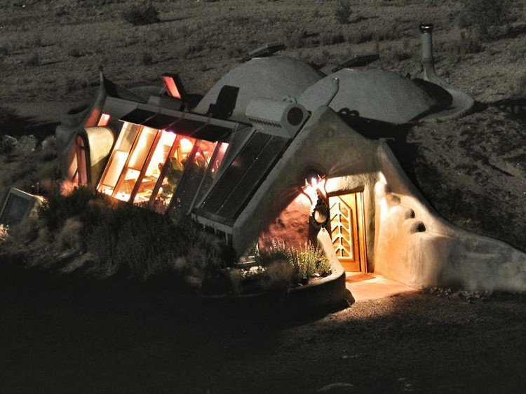 earthship hobbit home