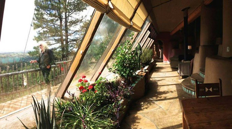 earthship man windows