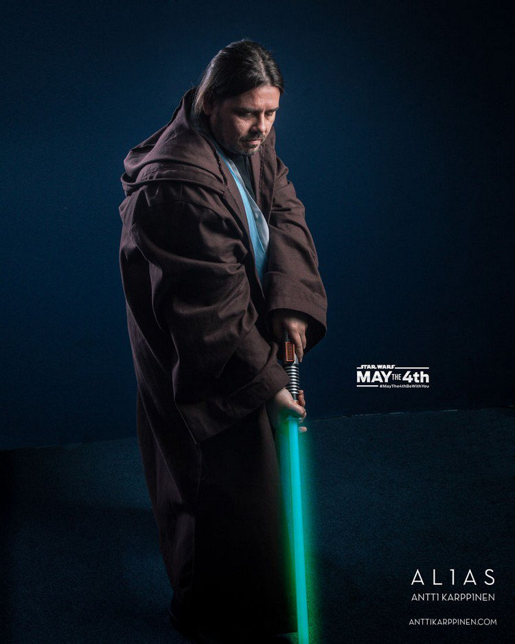 green light saber man