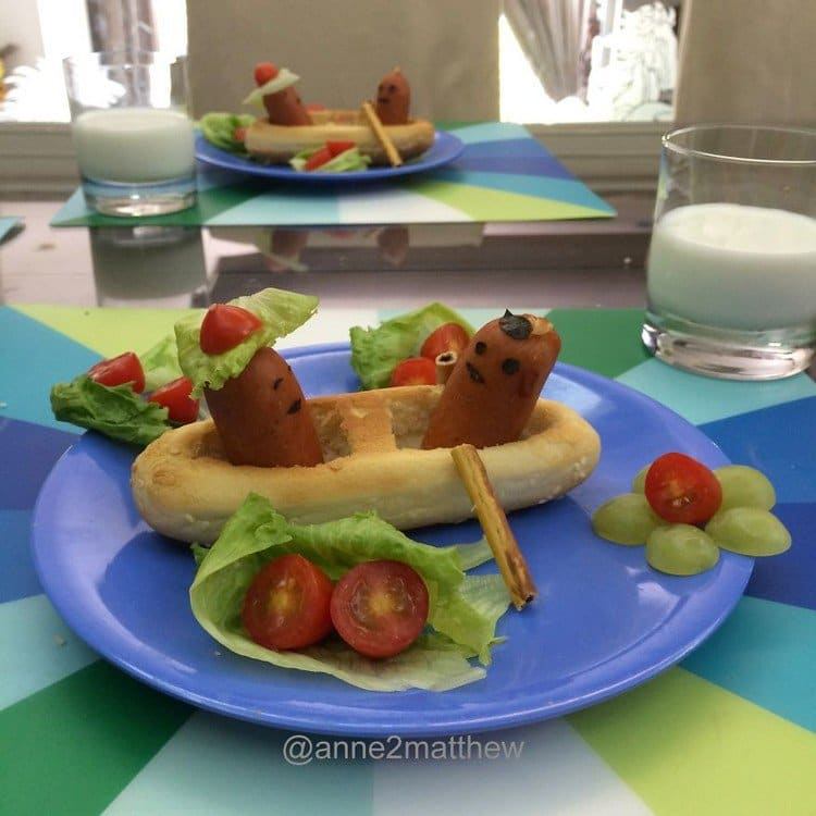 hotdogs rowing