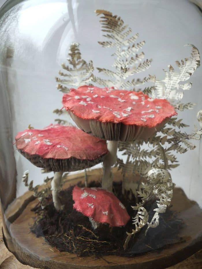 mushroom sculpture paper