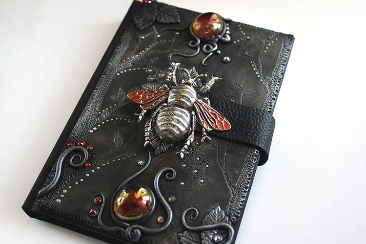polymer-clay-book-covers-by-aniko-kolesnikova-bee