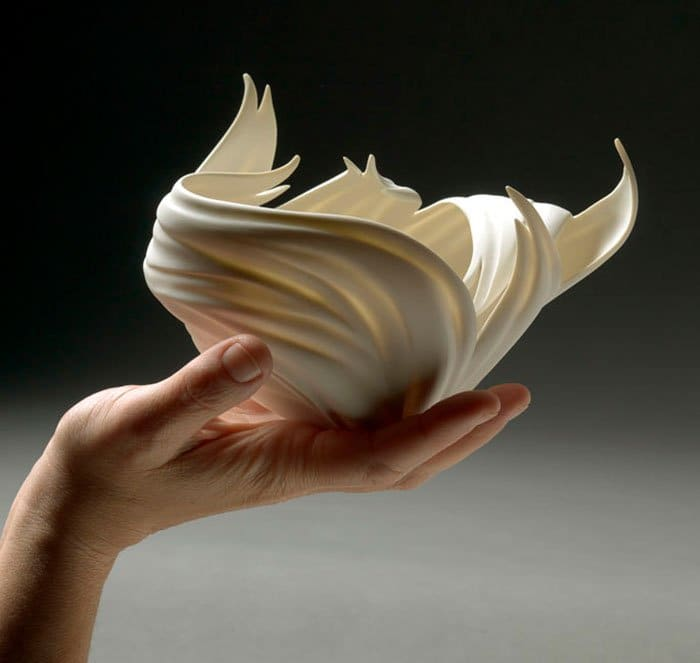 porcelain-sculpture-vase-jennifer-mccurdy