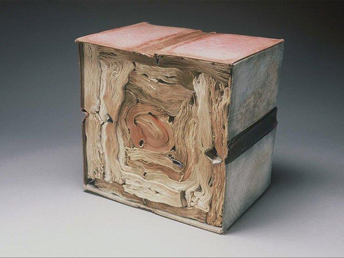 rush-lee-book-sculpture-cube