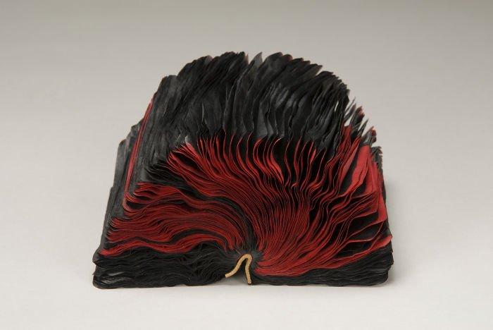 rush-lee-book-sculpture-flutter