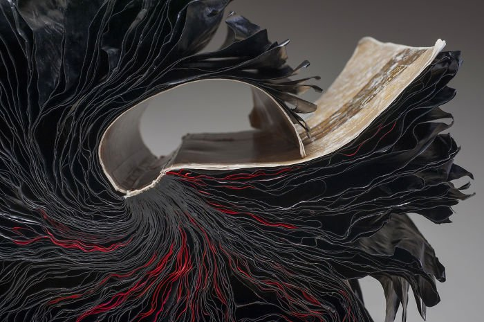 rush-lee-book-sculpture-nous
