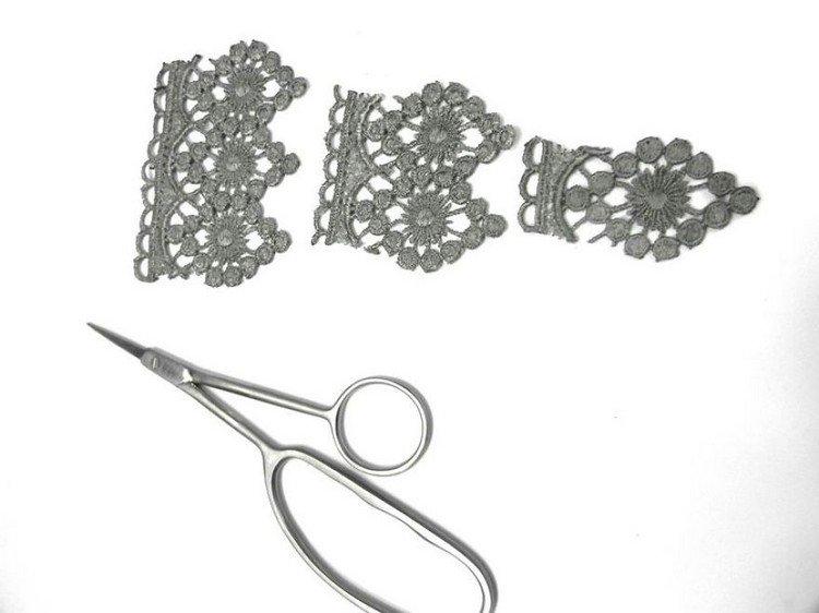 scissors lace